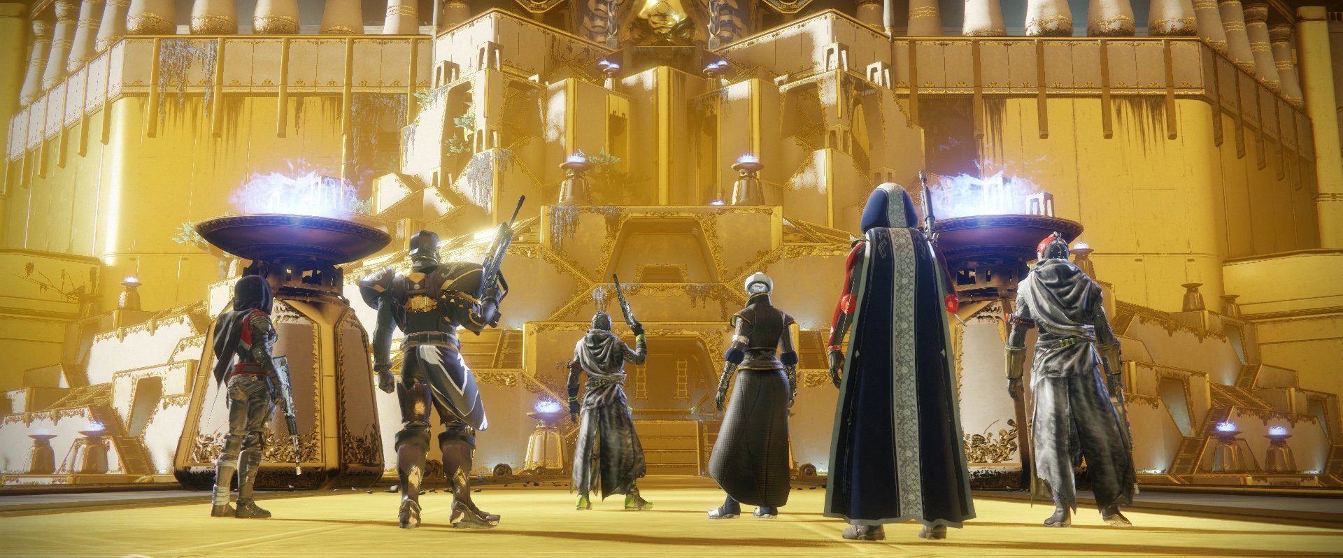 The raid is setup in a single-time Adventure, a great side quest, but that's where it ends. Grimoire cards would have closed the gap and brought the two instances closer.