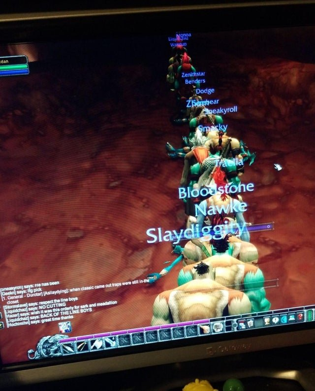 WoW Classic players are forming queue lines.