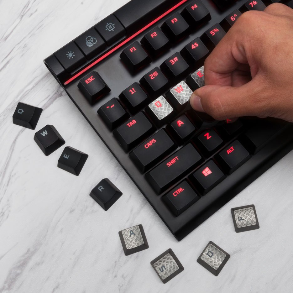 Reapplying the Keycaps