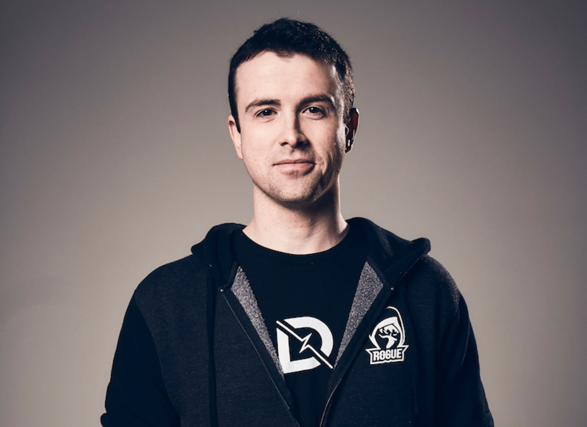DrLupo has signed exclusively with Twitch. © ReKTGlobal