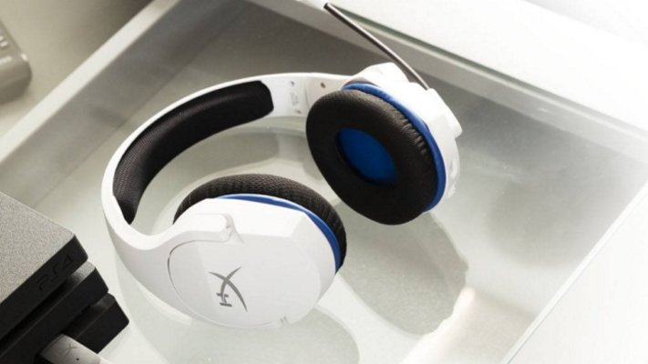 PS5 holiday gift ideas headset cloud stinger core
