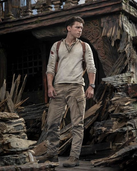 Uncharted moview tom holland sony netflix